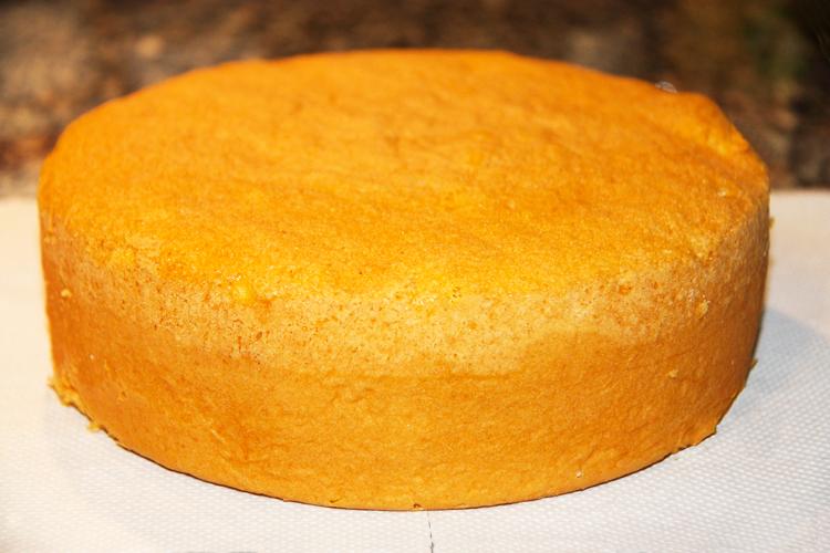 Come fare un pan di spagna morbido e fragrante